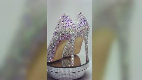 水晶高跟鞋五彩斑斓