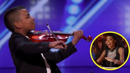 11岁绝症男孩令人惊叹的小提琴表演,全场观众起立鼓掌欢呼!
