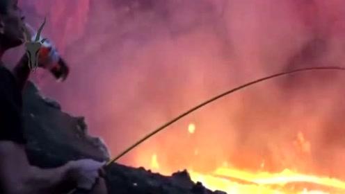 被称为世界最没面子的火山:持续喷发100年,游客却用它来烧烤