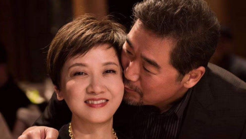 她嫁给张国立,婚前协定不生子,今60岁终圆母亲梦