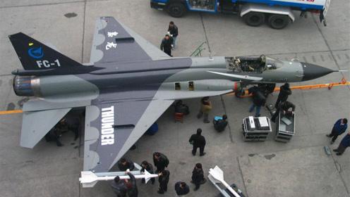 大国崛起!门可罗雀到门庭若市,我国这款战机一役便令世界瞩目