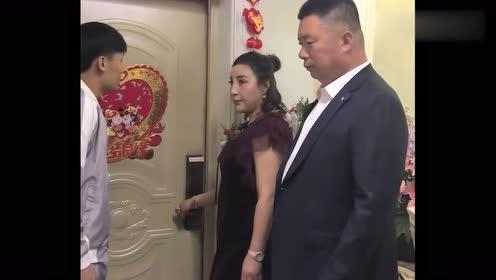 新婚当天,新郎来迎娶新娘,这位丈母娘却反悔了!