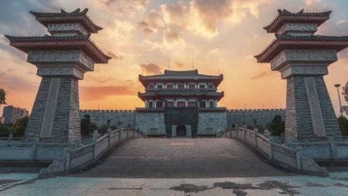 要是没有他,中国2000年前的珍贵文物早就毁于一旦