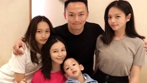 徐若瑄晒全家福,为儿子庆祝4岁生日,小V宝变巴斯光年帅气可爱