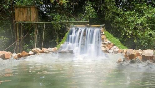 牛人建造农村别墅,门口还有泳池瀑布,看完我服了!