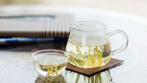 喝金银花茶这几点禁忌要知道,不然会误伤身体!