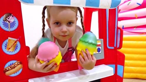 萌娃的冰淇淋店开始营业了,萌娃:卖冰淇淋,又香又甜的冰淇淋!