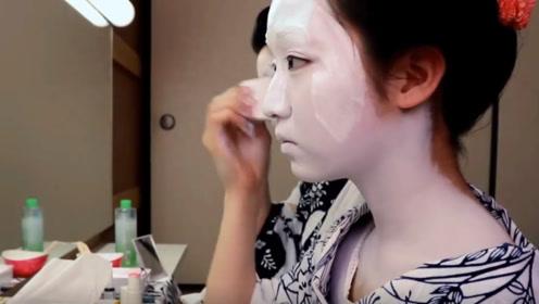 为什么日本艺伎的脸都惨白?化妆过程被公开,太心酸了