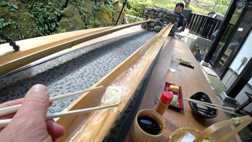 """日本最火的""""流水素面"""",这吃法太有创意了!"""