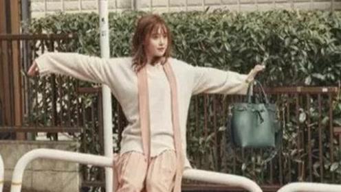 具惠善日本街拍腿精抢镜,示范文艺青年穿搭,34岁依旧有少女感