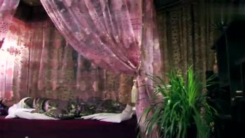 父亲逼李世民娶无忧,李世民气急攻心,如意却还苦苦等他来迎娶