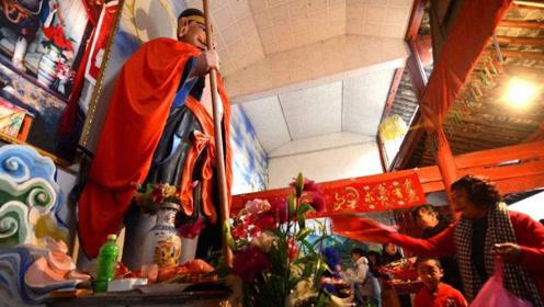 唯一供奉猪八戒的寺庙,已有600年,为何游客一看到塑像就笑了