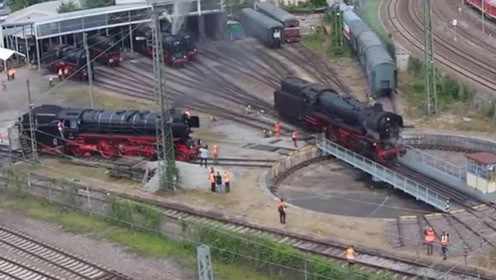 火车掉头有多炫酷?现场直击全过程,网友:比玩游戏还要快乐