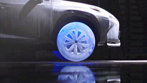 雷克萨斯ES推出冰冻轮胎,亮灯时被惊艳到了,网友:不怕化掉?