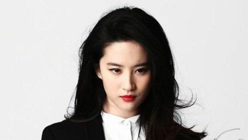 刘亦菲迪丽热巴混剪,踩点张钰琪的《月亮代表我的心》,好甜啊!