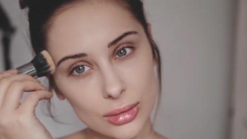 不化妆和化妆的人,10年后有什么区别?很多人想知道的答案!