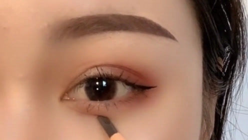 难怪闺蜜的眼睛那么大,原来全都是眼妆的功劳!