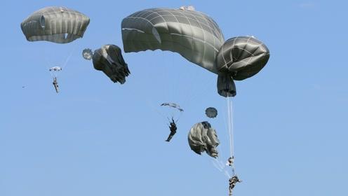 男子高空跳伞失误,半空被撞破降落伞,镜头记录30秒堕落过程!