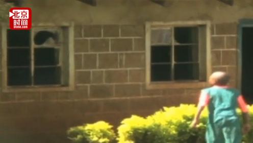 肯尼亚14岁女孩首次来月经弄脏校服 遭女老师赶出教室后自杀
