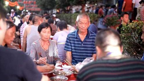 小区设118桌团圆宴,1200多名居民共度中秋