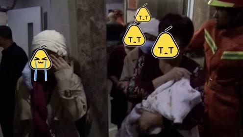 27天婴儿被困电梯半小时,妈妈急哭求助消防