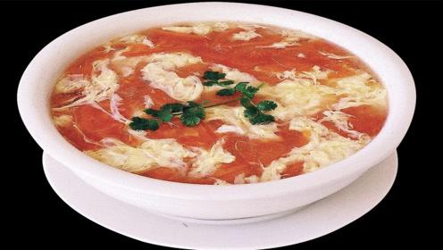 西红柿鸡蛋汤看似简单,原来也有窍门,学会了做出来才原滋原味