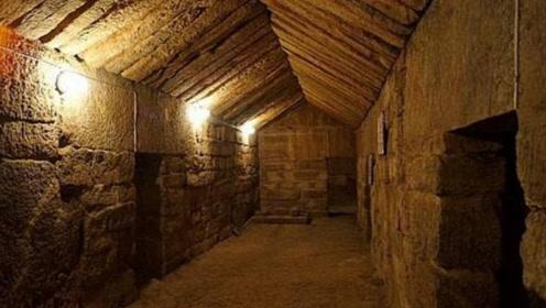 考古队花费7年找到古墓,却发现已被盗,但在现场发现无价之宝!