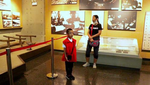 红色旅游区:辽沈战役纪念馆,孩子当讲解员,让人竖起大拇指