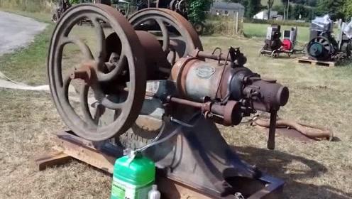 100年前的古董发动机还能启动,声音还挺霸气!