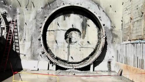 全球最大隧道盾构机,每小时挖3.6米,挖穿地球要多久?