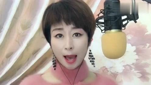 小姐姐唱的河南梆子很有感觉,真的好听,网友:值得点赞!