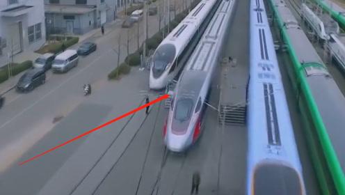 动车与高铁还是分不清?铁道工人给我们解释,无需再看车票