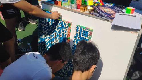 牛!武汉大学魔方社团招新:169个魔方拼出二维码,一扫即入