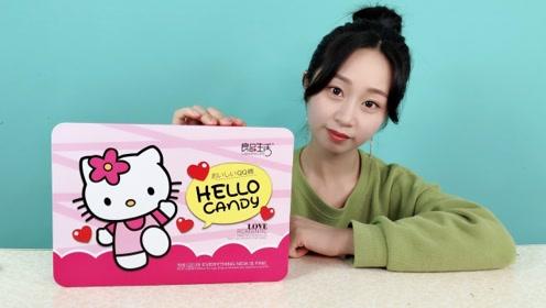 """妹子试吃""""HelloKitty礼盒"""",这包装也太可爱了"""
