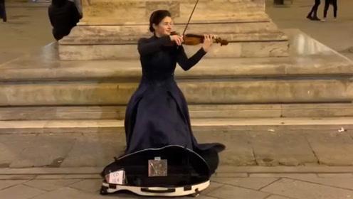 超好听的街头演奏,心中有音乐,哪里都是舞台!
