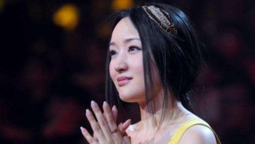 """""""甜歌皇后""""杨钰莹为什么至今未嫁?搭档毛宁说出原因,网友表示心疼!"""