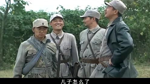 """顺溜一枪让司令员刮目相看,营长都乐坏了!陈二雷由此而""""生"""""""