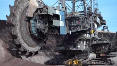 全球最大挖掘机,96米高1万多吨重,造价近3亿元