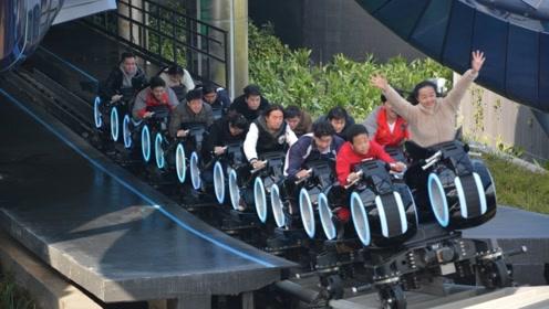 上海迪士尼最刺激的项目,体验后脚都吓软了,值得双刷!