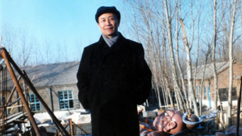 清华教授尚刚:父亲尚爱松不爱西装爱大褂,玉树临风令外国人称赞