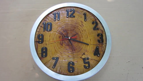 木制钟表悬挂在客厅显得很高雅 牛人教你自制一个