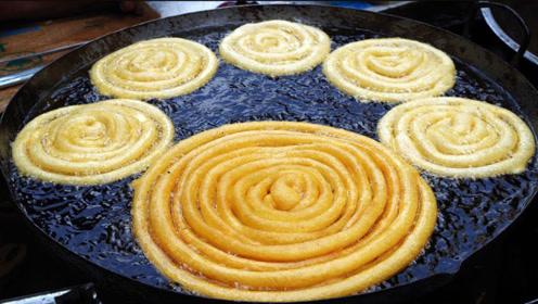 这是什么美食?就像在油锅中作画
