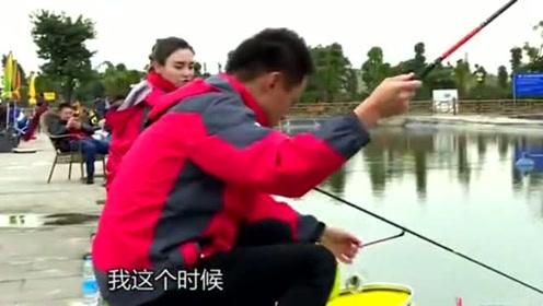 采取钓底钓浮两种钓法时,上饵的钓法也有所不同