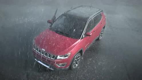下雨天Jeeper第一时间冲出去和全新Jeep指南者雨中玩耍