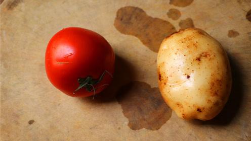 1个土豆,1个西红柿,教你正确的做法,比肉还好吃,都学学