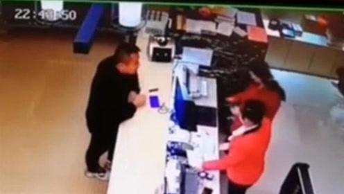 [榆林]靖边酒店女服务员被醉酒男子扇巴掌 警方:已被行政拘留