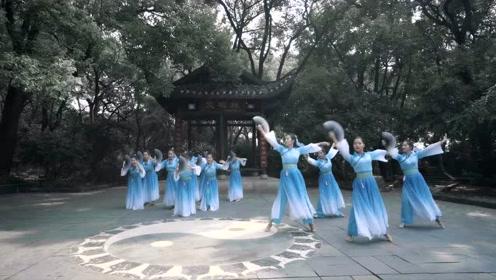 用中国舞曲品《山鬼》,山神且息怒!