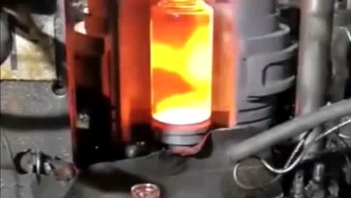 原来茅台酒瓶是这么生产的,我还是一次见,看完长见识了