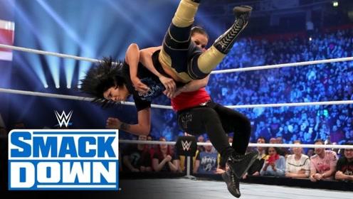 SD1055期: 善娜巴斯勒再次发起偷袭 一个抱摔送冠军贝莉倒地不起