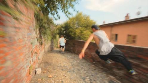 超燃的极限跑酷!跑酷高手PK自行车小偷,正义的一方会胜利吗?